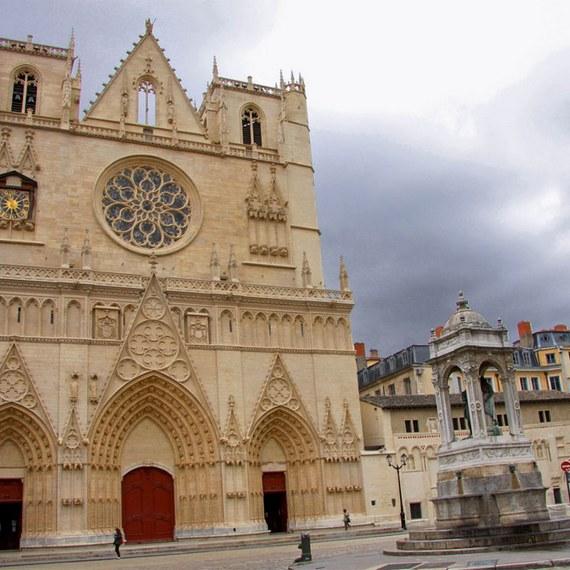 Audioguide pour smartphone dans la cathédrale Saint Jean-Baptiste