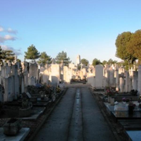 Mise à disposition d'un cimetière pour sans abris