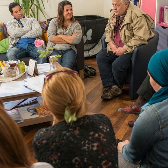 Consacrer un lieu d'écoute aux questions de conjugalité et de parentalité.