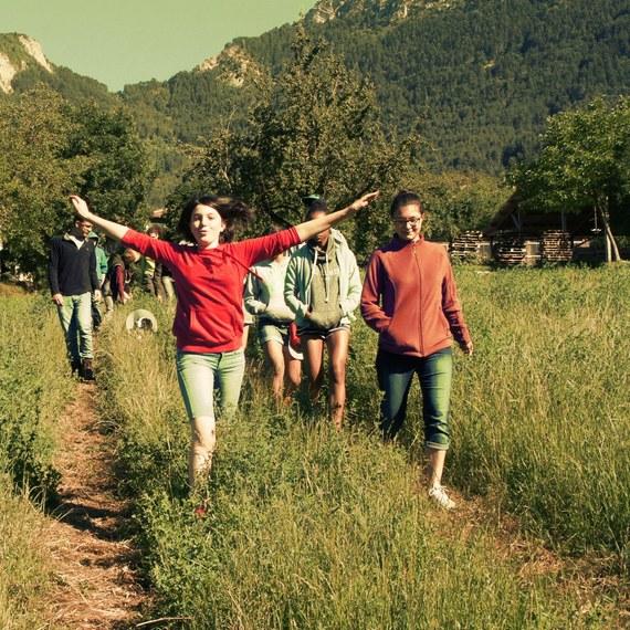 Solidarité entre jeunes vivant à la campagne