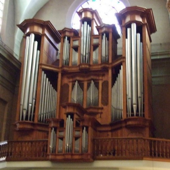 Relever l'orgue de Cours-la-Ville