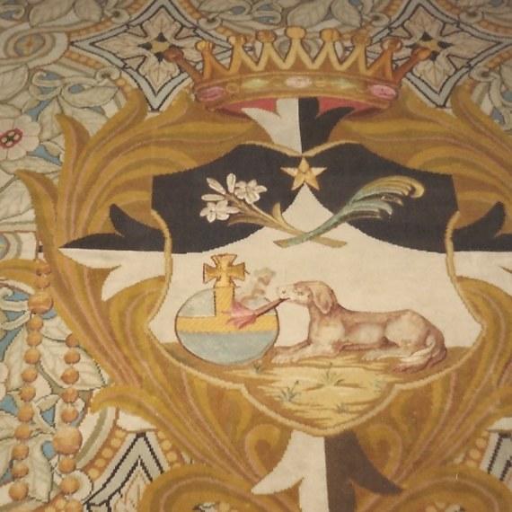 Restaurer deux tapis de chœur
