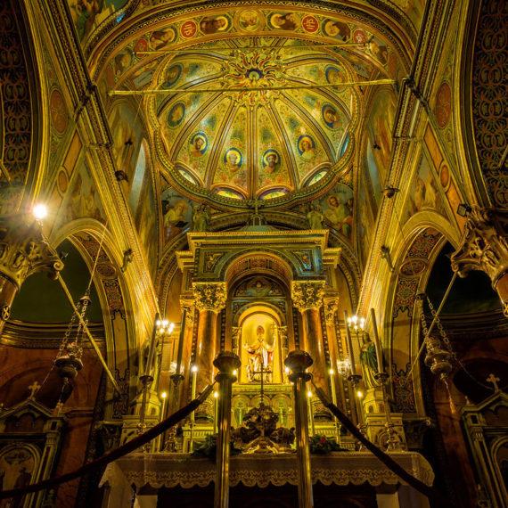 Restauration de l'église Saint-Polycarpe à Izmir, Turquie