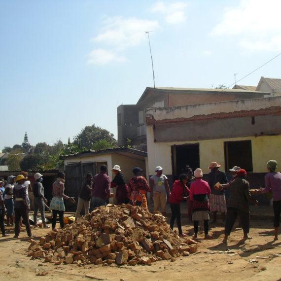 Construction d'un bâtiment pour le collège de Tananarive